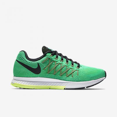 new arrivals de581 0bb29 ... NIKE Air Zoom Pegasus 32 Woman. snygga löparskor